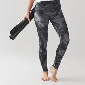 Lululemon Wunder Under Pant (Hi-Rise) Size 6